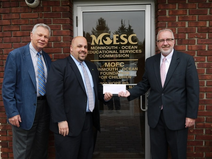 Investor's Bank Shares a Generous Donation!