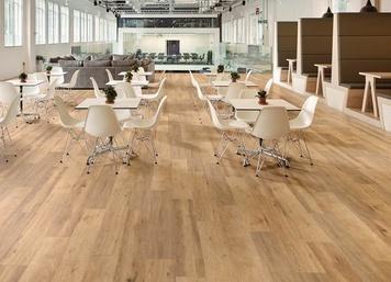 Korlok (RKP8111 Baltic Limed Oak) by Karndean Design Flooring