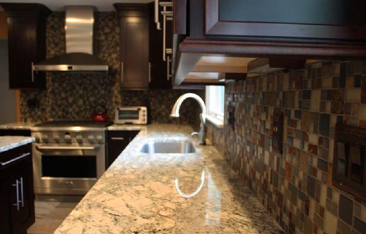 the kitchen countertop discussion granite vs quartz - Granite Versus Quartz
