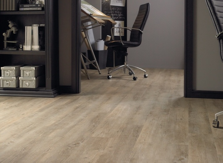 Style: Van Gogh (VGW81T Country Oak) by Karndean Design Flooring