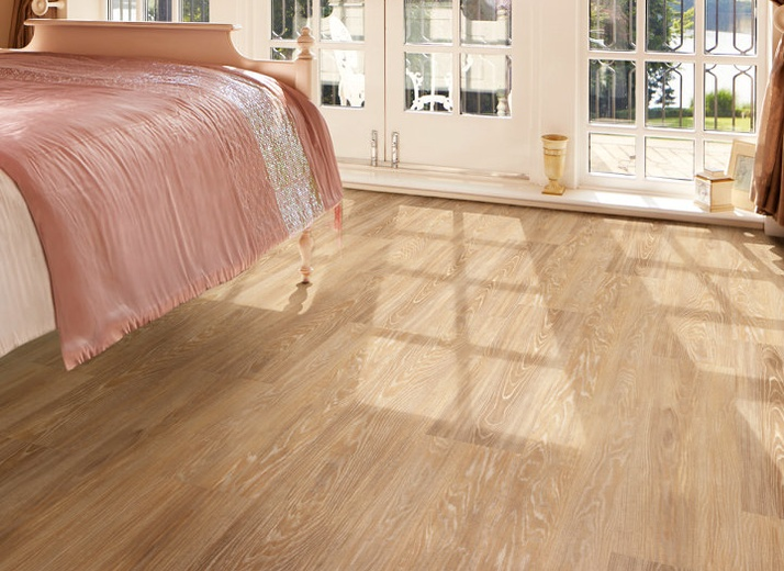 Style: LooseLay (LLP94 Newport) by Karndean Design Flooring
