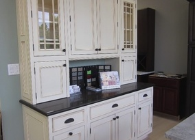 Kitchen Cabinets in Manalapan, NJ
