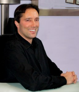 Dr Michael E. Rothman